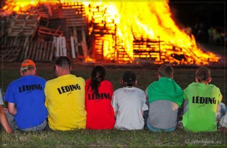 Timmerdorp Heiloo 2010 gaat in vlammen op...